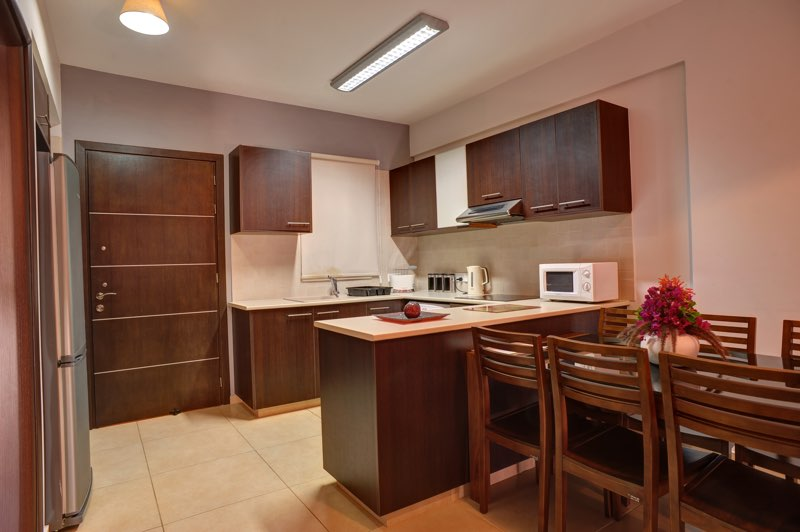 Paphos three bedroom apartment holiday rental kitchen in Aphrodite Sands Resort