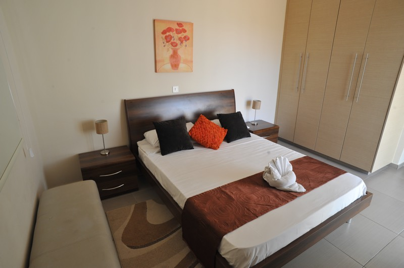 Paphos three bedroom apartment holiday rental bedroom in Aphrodite Sands Resort