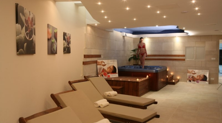 Jacuzzi Room in the health club at Paphos Aphrodite Sands Resort
