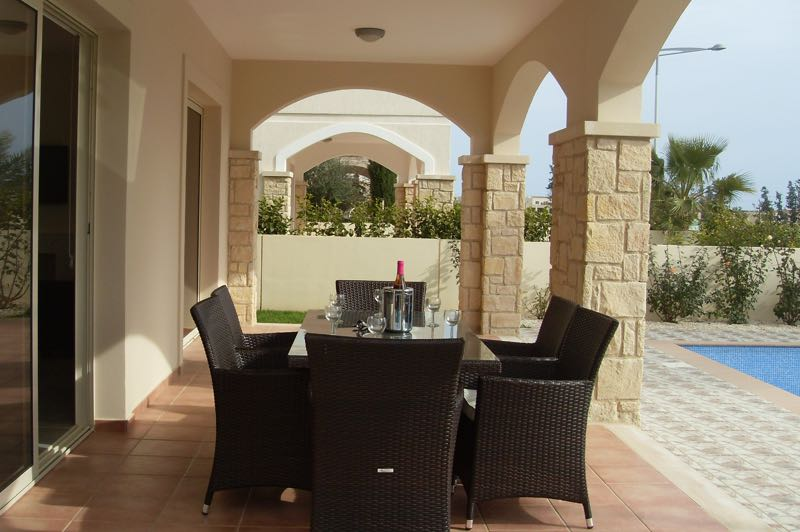 Paphos three bedroom villa holiday rental terrace in Aphrodite Sands Resort